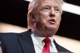 Trump gooit olie op het vuur met aanval op Fed